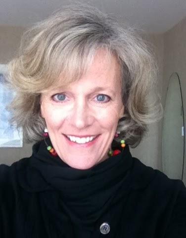 Jayne Engle Headshot