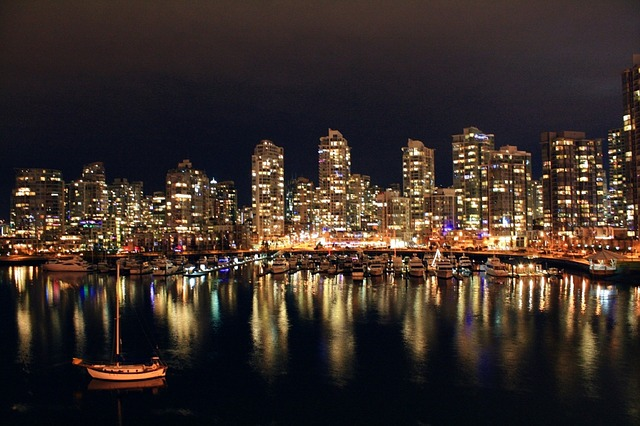 Vancouver skyline city night.jpg